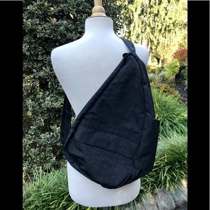 Ameribag Healthy Backs Bag Medium Black Nylon